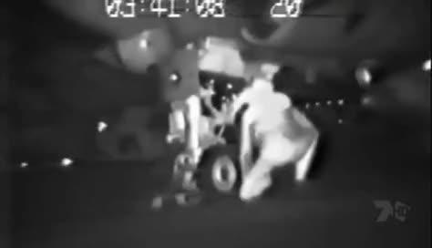 Watch and share 걸프전 당시 A-6 엔진에 빨려들어간 남자 GIFs on Gfycat