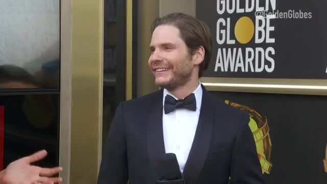 Watch this trending GIF by @pinocchioaffleck on Gfycat. Discover more Entertainment, Golden Globes GIFs on Gfycat