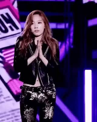 Watch and share Taeyeon GIFs by Victor_Sone on Gfycat