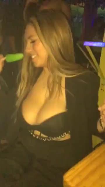 Bouncing Big Ol' Juicy Tits
