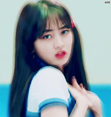 Watch and share Celbs GIFs and Twice GIFs by 이상형월드컵-supercup on Gfycat