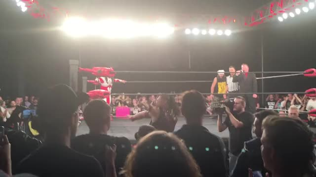 Watch and share Shinsuke Nakamura's Entrance At ECW Arena GIFs by dadankness on Gfycat