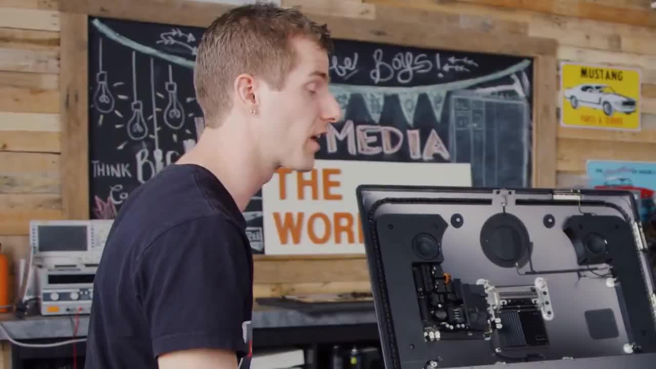 Linus, LinusTechTips, Tips, apple, imac, louisrossmann, tech, technology, Louis Rossmann on apple <3 GIFs