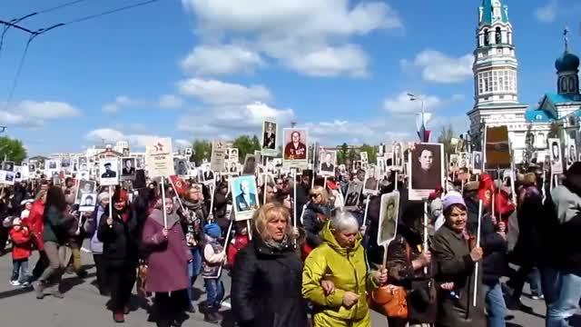 Watch and share Омск Сегодня | Бессмертный Полк 2016, 9 Мая GIFs on Gfycat