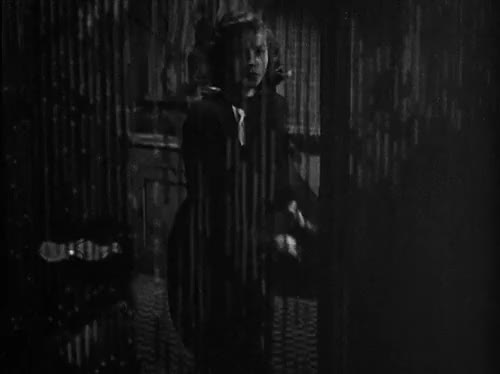 Watch Lauren Bacall in The Big Sleep (1946). GIF on Gfycat. Discover more 1940s, beaded curtains, beauty, big sleep, black and white, classic film, classic movies, fashion, film noir, gif, glamour, hollywood, howard hawks, lauren bacall, my gif, noir, nostalgia, old hollywood, old movies, raymond chandler, retro, the big sleep, vintage GIFs on Gfycat