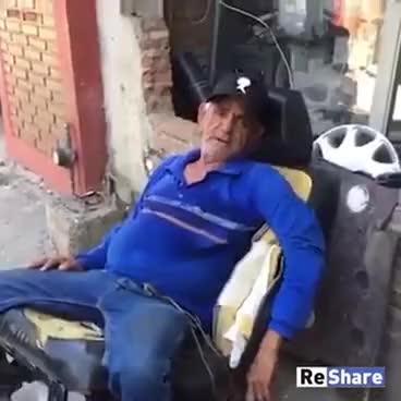 Watch and share Brincadeira Sem Noção GIFs on Gfycat