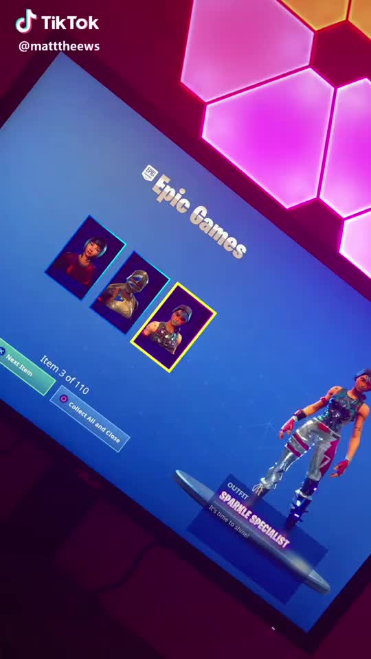 Watch Aye my old account merged 😱 #foryoupage #fortnite #fortnitebr #videogames GIF by TikTok (@wholemasterpiece6) on Gfycat. Discover more fortnite, fortnitebr, foryoupage, videogames GIFs on Gfycat