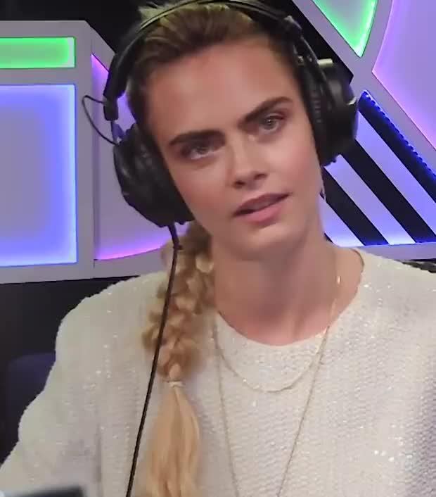 Watch and share Cara Delevingne GIFs by Emilyguy on Gfycat