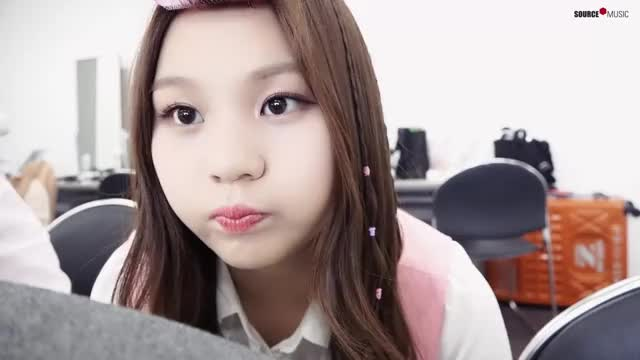 Watch and share 여자친구 GIFs by 러블리즈 on Gfycat