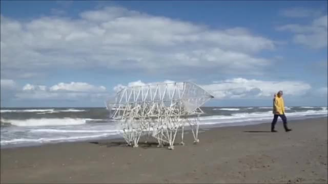 Watch Theo Jansen: Strandbeest GIF on Gfycat. Discover more oddlysatisfying, strandbeest, theo jansen GIFs on Gfycat
