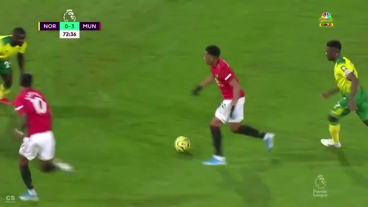Web N3rd Martial And Rashford Are The First Pair Team Mates Ever To Score A