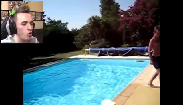pool, Squeezie fail GIFs