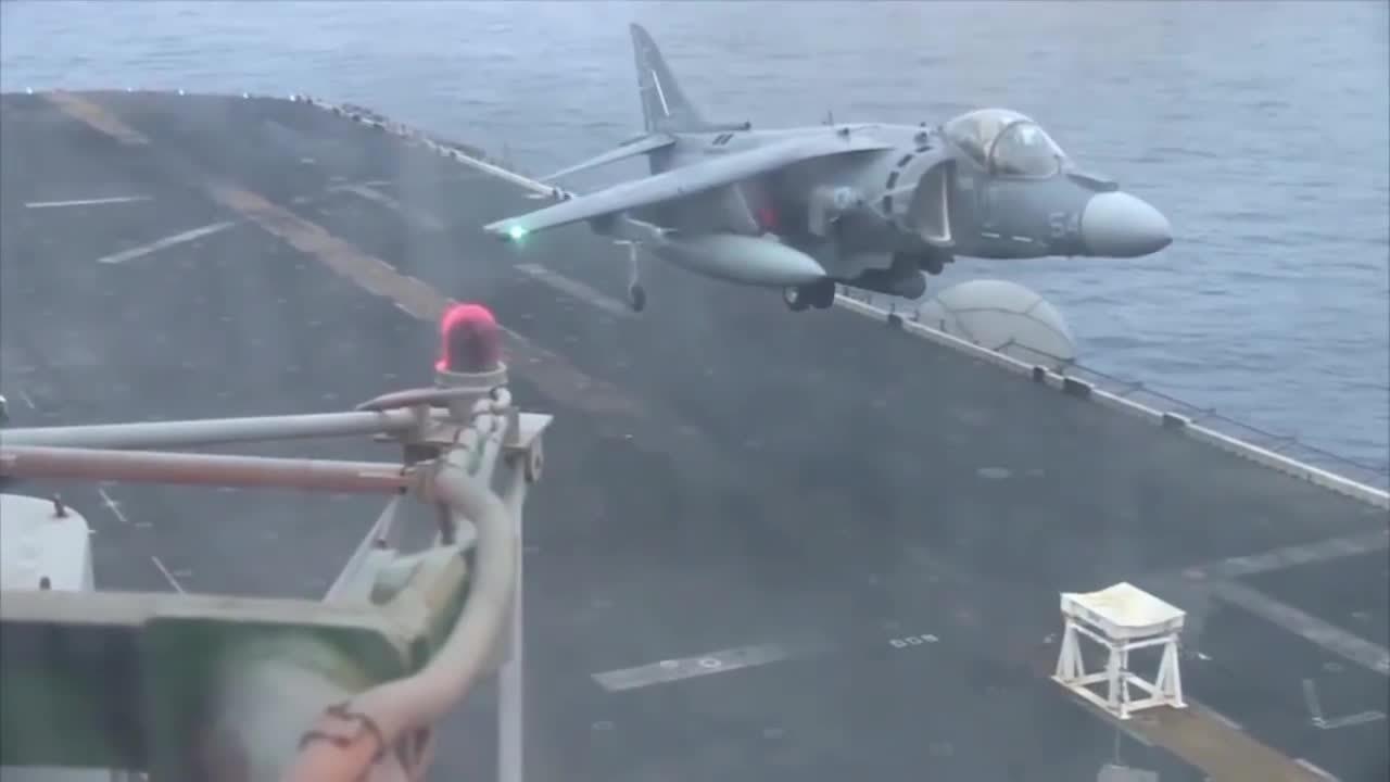 Damnthatsinteresting, aviationgifs, Harrier with failed front landing gear lands on a stool on the USS Bataan (reddit) GIFs