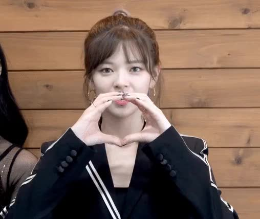 Watch and share Jeongyeon GIFs and Twice GIFs by 1001twice on Gfycat