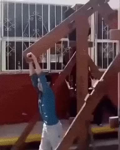 Watch and share Гифки-дети-карусель-6820687 GIFs by giho13 on Gfycat