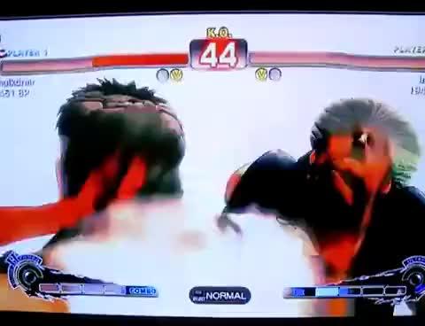 Watch SHORYUKENNN GIF on Gfycat. Discover more punch GIFs on Gfycat