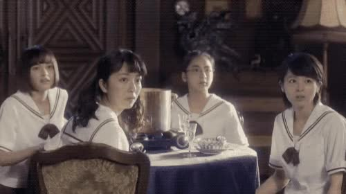 Watch and share 怖い (scared) 女子学生 GIFs by chikaya.takahashi on Gfycat