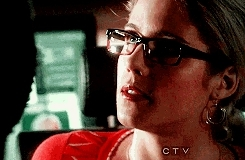 1x15, arrow, arrowedit, diggle, felicity, felicitysmoakedit, johndiggleedit, olicityedit, oliverqueenedit, s1, arrow; GIFs