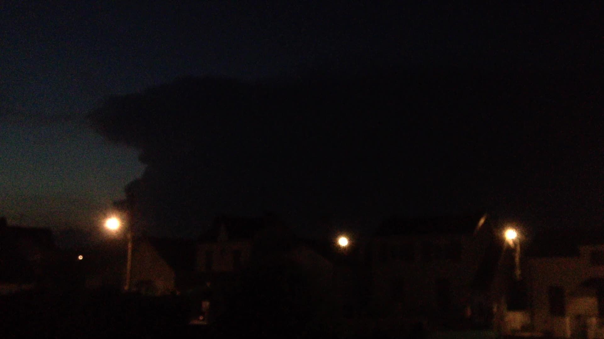 weathergifs, Storm near Paris GIFs
