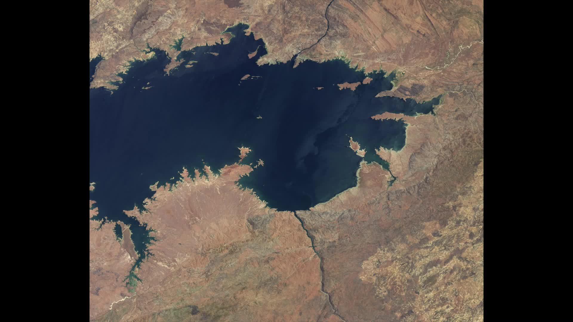 naturegifs, Africa's Lake Kariba is Vanishing GIFs
