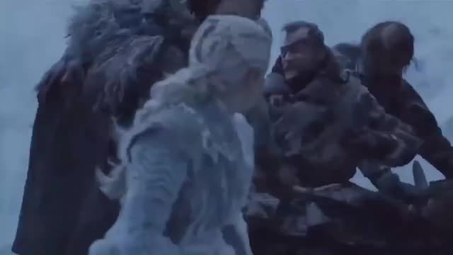 Watch Bend da knee GIF by @nyradb on Gfycat. Discover more Emilia Clarke GIFs on Gfycat