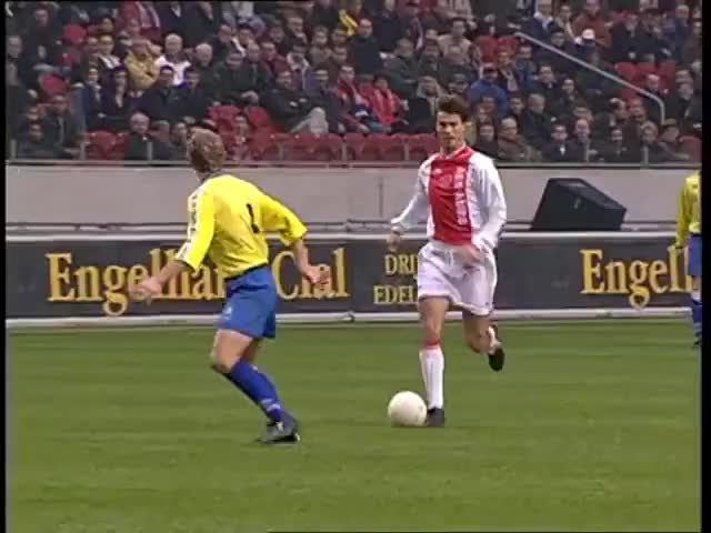 Watch and share Ajaxdaily GIFs and Amsterdam GIFs by kevinsuave on Gfycat
