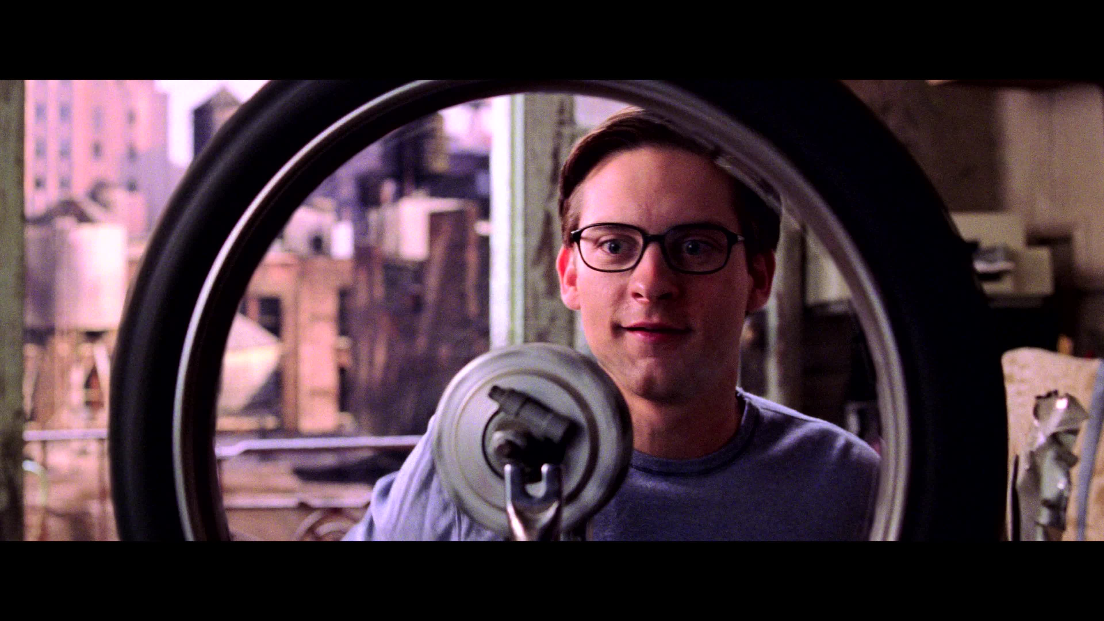 celebs, tobey maguire,  GIFs