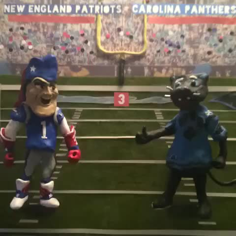 Watch and share Who Wins Tonight?  Part 1 Of 2. Mashable #oldschoolgame #AllNaturalVines #stopmotion #claymation #FightLB GIFs by Daniel Baker on Gfycat