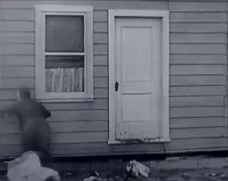 Watch and share ArchiTV, Buster Keaton - One Week GIFs on Gfycat