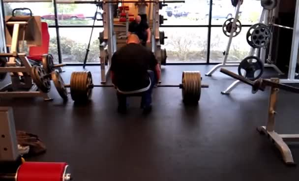 Watch 605 raw GIF on Gfycat. Discover more deadlift GIFs on Gfycat