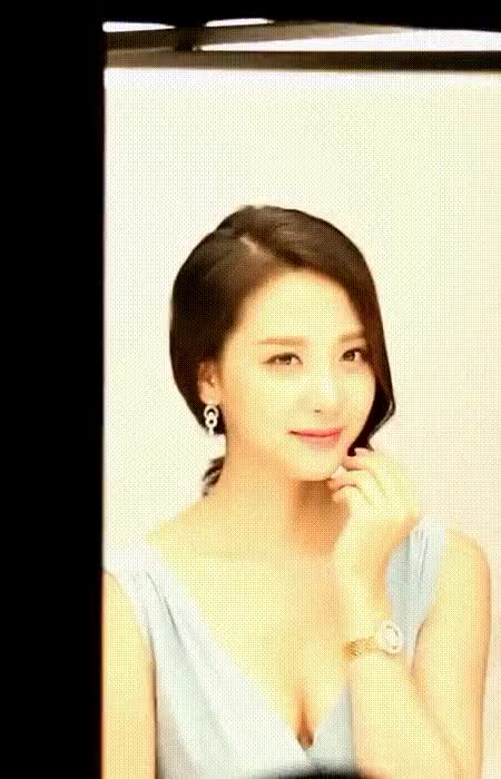 Watch and share 5년전 김민아 4 GIFs by qwrqwe124555 on Gfycat