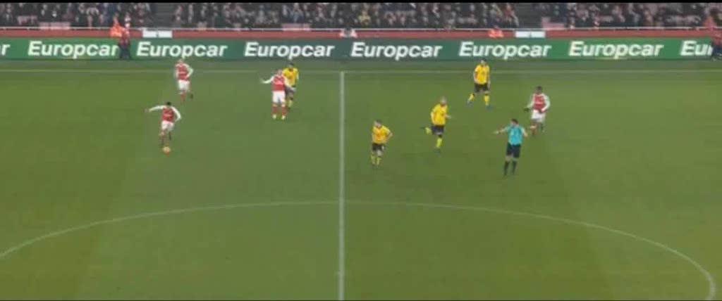 soccergifs, Mesut Özil first touch ball control GIFs