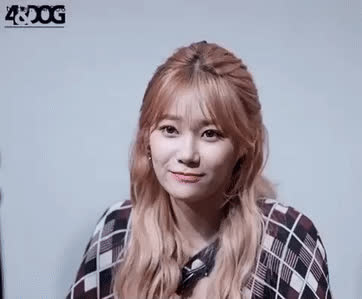 Yuna to miss upcoming events due to injury • r/AceOfAngels8 GIFs