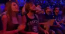 Rekkles fan cheering