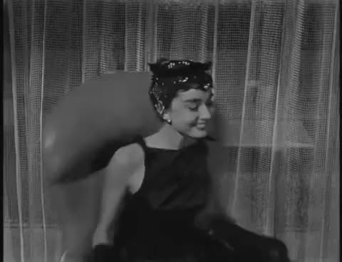 Watch Audrey GIF on Gfycat. Discover more audrey, funny, hepburn, sabrina, spinning GIFs on Gfycat