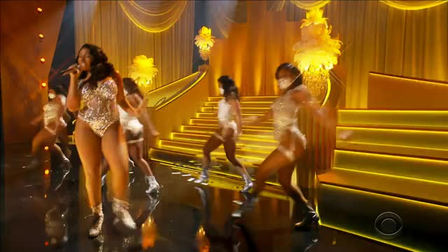 Watch and share Meg 4k Grammys GIFs by tentonnetruck on Gfycat