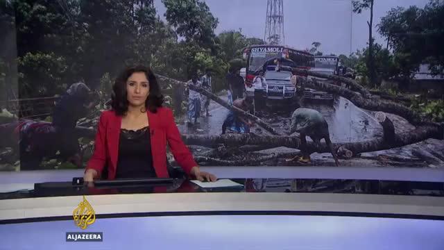 Bangladesh cyclone- Aid workers warn of 'acute crisis' GIFs