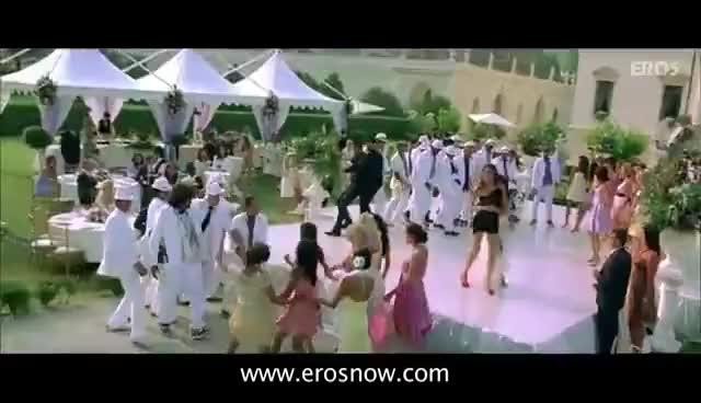 Watch and share Kambakkht Ishq Full Song   Kareena Kapoor, Akshay Kumar GIFs on Gfycat