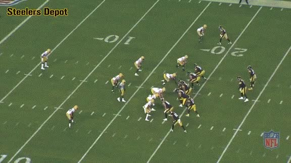 Watch and share Eli-packers-1 GIFs on Gfycat