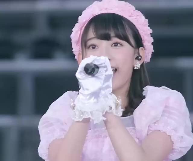 Watch and share Sakura GIFs and Akb48 GIFs by sakusaku on Gfycat