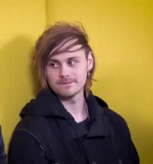 Watch and share 5 Seconds Of Summer GIFs and Michael Clifford GIFs by rjtonamen on Gfycat