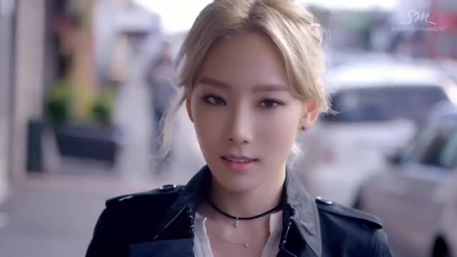 Watch Taeyeon GIF by icanbeyourzero (@soshi1) on Gfycat. Discover more laclippers GIFs on Gfycat