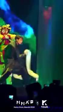 Watch [MMA X 1theK] BTS JUNGKOOK Fancam _ Intro + IDOL(방탄소년단 정국 직캠) GIF on Gfycat. Discover more 1theK, Jungkook, LOEN, MV, NEW, bts, fancam, hallyu, idol, kpop, mma, rm, song, teaser GIFs on Gfycat