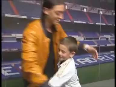 Watch this trending GIF on Gfycat. Discover more boy, mesut özil, real madrid GIFs on Gfycat