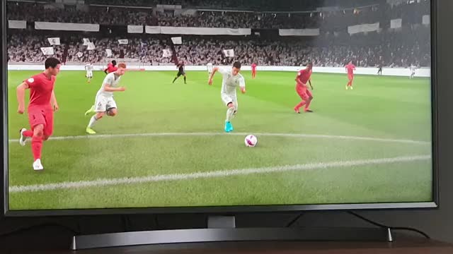 Watch and share Fifa 20 GIFs on Gfycat