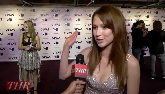 Watch and share Ellie Kemper GIFs and Red Carpet GIFs on Gfycat