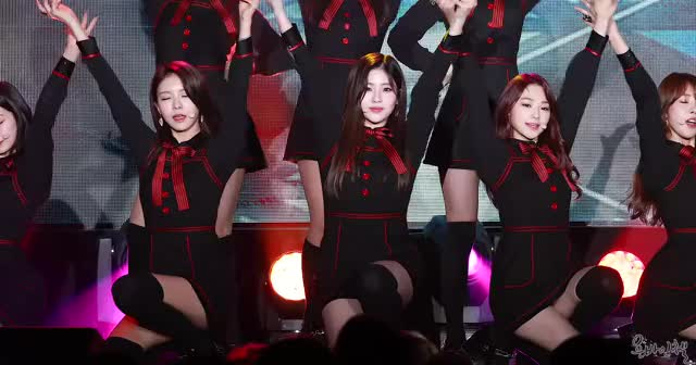 Watch 180120 gugudan GIF by @flashback on Gfycat. Discover more related GIFs on Gfycat