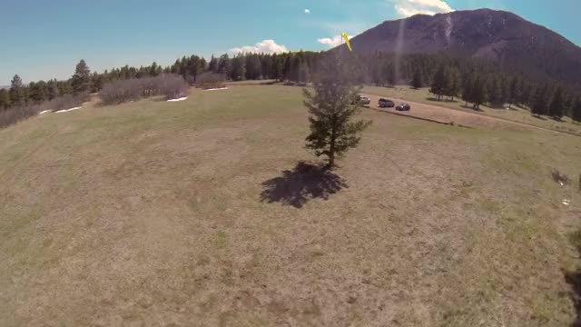 Watch FPV Bounce GIF on Gfycat. Discover more quadcopters GIFs on Gfycat