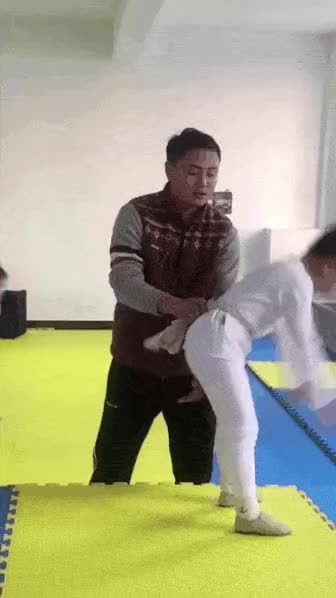 Watch and share 회전 회오리 GIFs by podong on Gfycat