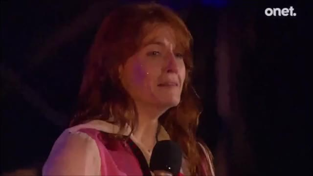 Watch Floranze + The Polska GIF on Gfycat. Discover more fatm, florenceandthemachine, florencewelch GIFs on Gfycat